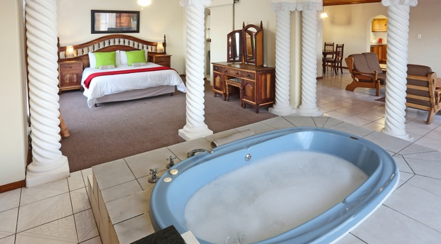 Bridal Suite with Private jacuzzi